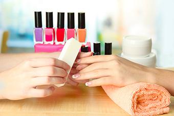 jak-wykonac-perfekcyjny-manicure